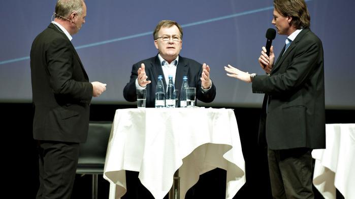 Den politiske kommentar fik sit egentlige gennembrud i 2005 med blandt andet programmerne Jersild og Spin og Mogensen og Kristiansen - her ses sidst nævnte med forhenværende finansminister Claus Hjort Frederiksen