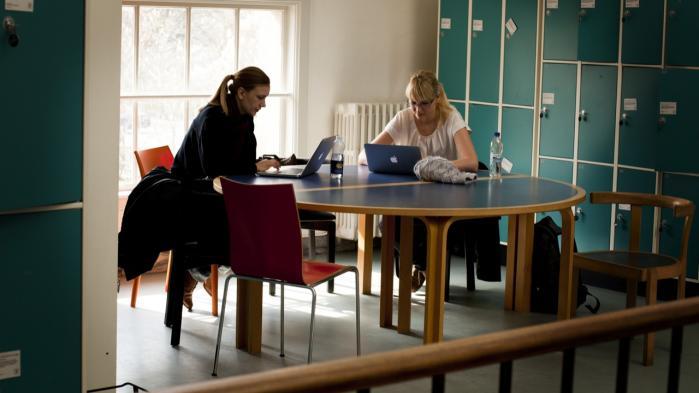 Produktivitetskommissionen foreslår, at videregående uddannelser, der fører til lavere livsindkomster, skal have lavere SU.