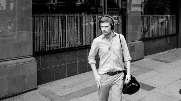 En udsat teenagemor med en båndoptager, ulykkelige teenagepædofile og William S. Burroughs ifølge Iggy Pop. Radio- og podcastverdenens vigtigste begivenhed, Third Coast i Chicago, har netop fejret årets bedste produktioner i en engelsksproget verden af audiofortællinger, der konstant udvider sit kreative domæne