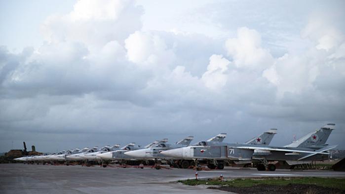 Avancerede russiske våbensystemer strømmer til russisk base i Armenien, der ligger mindre end 10 kilometer fra NATO-landet Tyrkiet. Samtidig øges faren for en spredning af konflikten om Syrien til det sydlige Kaukasus