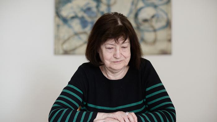 I sin nye roman skildrer Kirsten Thorup det svære forhold mellem en mor og hendes datter. Det er ikke bare enestående litteratur, men også en mesterlig beskrivelse af de skred, vi ser i det danske samfund