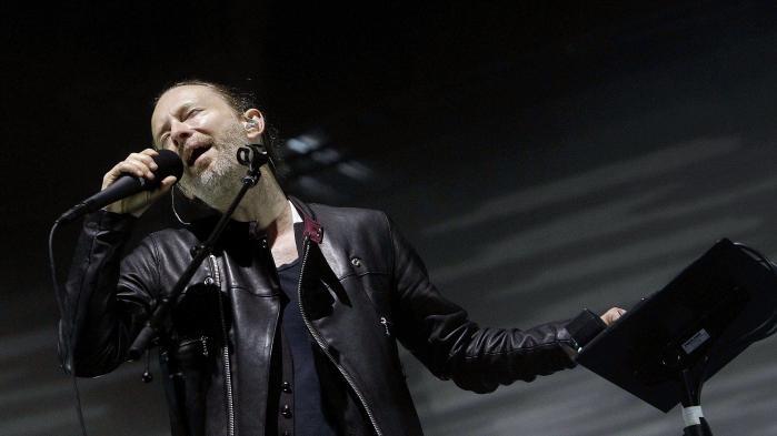 Forsanger Thom Yorke var i usædvanligt højt humør fredag aften, da Radiohead gav koncert på den spanske festival Primavera Sound.