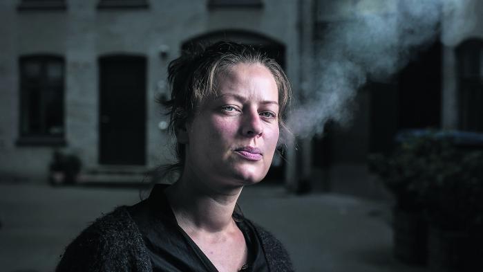 Kan man virkelig undskylde Karina Pedersens bog ved, som forlaget Gyldendal gør, at kalde bogen for 'vidnesbyrd'?
