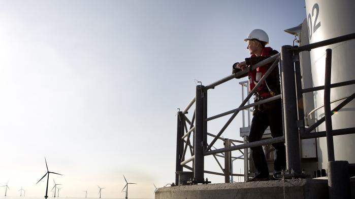 Venstre-regeringen har lagt op til at droppe et planlagt projekt med 350 megawatt kystnære vindmøller, som er del af energiforliget fra 2012. Men et flertal af danskerne mener ifølge en ny undersøgelse, at det er forfejlet at slække på de grønne ambitioner.