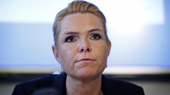 Afviste asylsøgere kan ifølge loven få opholdstilladelse, hvis en udsendelse vurderes udsigtsløs. Men der har ikke været givet en eneste opholdstilladelse efter den regel de seneste fire år, og det er kun godt, for det er ikke et mål for regeringen, at folk får denne type opholdstilladelser, siger Inger Støjberg (V).