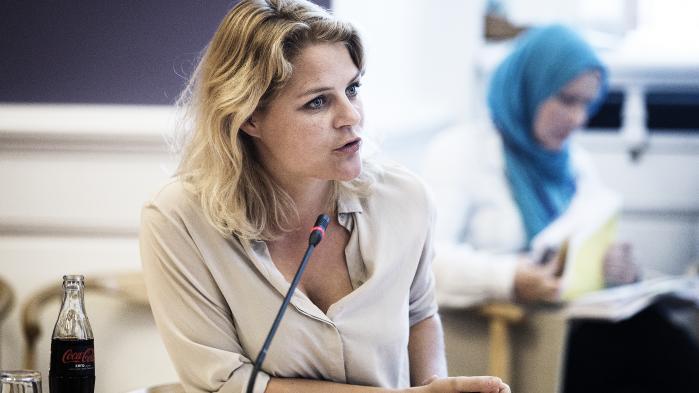 Børn i asylsystemet er ekstremt udsatte, og de har været under voldsomt pres. Danmark har ansvaret for børnene, så hvis der er noget, vi kan gøre for at nedbringe det tal, så skal vi gøre det, siger Johanne Schmidt-Nielsen.