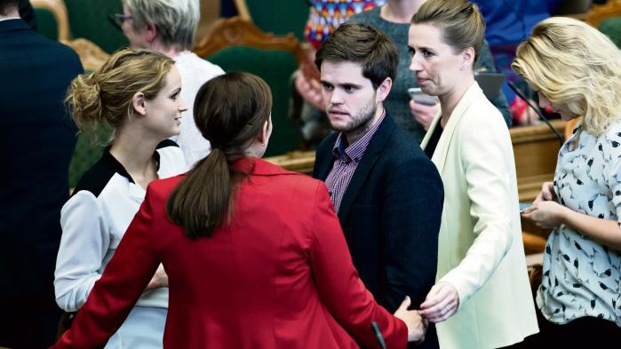 Dele af oppositionen vil have Finansministeriets regnemetoder ændret, hvis Mette Frederiksen bliver statsminister, men det afviser Socialdemokratiet dog.