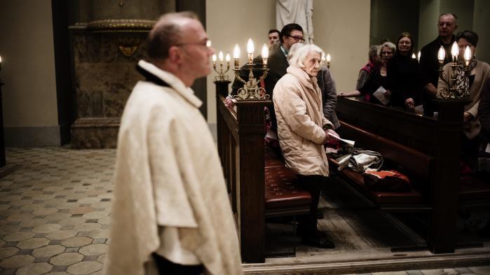 Fokus på 'danskhed' skaber problemer for religions-og trosfriheden for muslimer, mener en specialrapportør fra FN. Det møder bred uenighed på Christiansborg.
