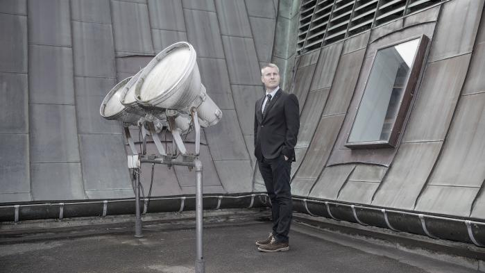 Det er meget svært at genkende Socialdemokratiet, når gruppeformand Henrik Sass Larsen låner det yderste højres skræmmeretorik
