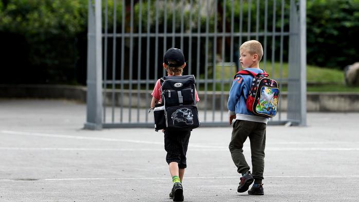 Et barns risiko for at blive anbragt uden for hjemmet stiger med 25 procent, hvis moren bliver skåret i kontanthjælpsydelse. Det viser ny forskning fra Rockwool Fonden, der har undersøgt konsekvenserne af det kontanthjælpsloft, der blev indført i 2004