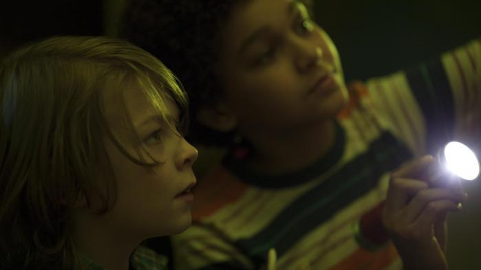 12-årige Ben (Oakes Fegley, tv.) fåren ny ven, da han stikker af tilNew York, i Todd Haynes' 'Wonderstruck'. Foto: Filmfestivalen i Cannes