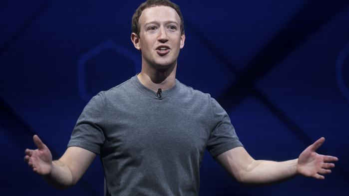 De lækkede Facebook-filerafslørernoglediffuse og konfuse retningslinjer, vi som offentlighed har brug for at problematisere i åben debat. De afspejler ikke et eller andet snævert fællesskab, der skulle have diskuteret sig frem til et sæt af principper, og lige så lidt Mark Zuckerbergs idealiserede globale samfund, mener dagens kommentarskribent.