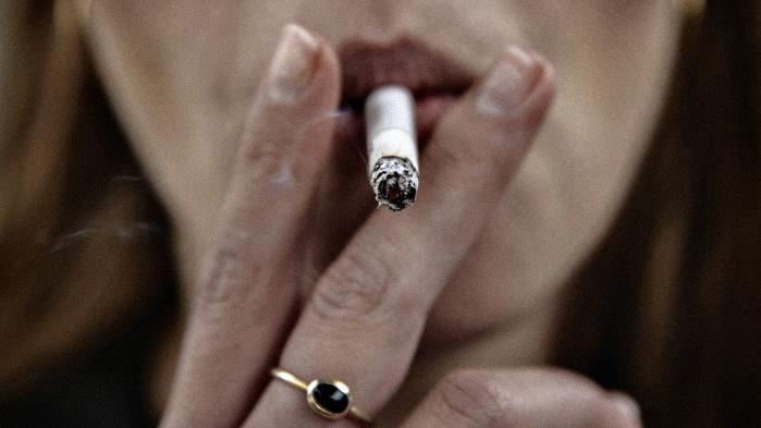 Kampen mod tobakken er, mener mange, legitimeret af al den lidelse, vi kunne skåne hinanden for, hvis rygning blev tabu.