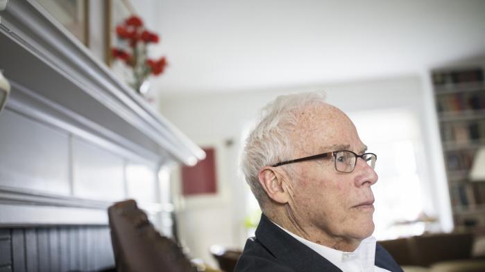 Charles Maier, 78, er uddannet på Harvard University, hvor han har undervist i europæisk historie siden 1981. Som historiker tøver Maier med at drage klare konklusioner på baggrund af pludselige begivenheder som Brexit og Donald Trumps valgsejr i 2016.