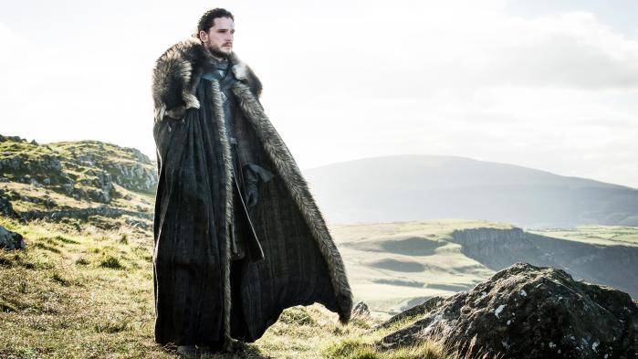 Syvende sæson af HBO-serien 'Game of Thrones' sluttede i denne uge. Går man og tror, at det bare er et fantasydrama, som foregår i en fjern og fiktiv verden, tager man grueligt fejl. Vi har spurgt Jan Lemnitzer, historiker på Center for War Studies på Syddansk Universitet, hvad 'Game of Thrones' kan sige om historien og samtiden, og det er ikke så lidt. Serien kan belære os om klimaforandringerne, virksomhedsledelse, hedgefonde og om vigtigheden af at have en flåde, hvis man skal i krig