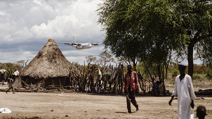 I verdens yngste land mangler mindst 5.500.000 mad. Information har været i Sydsudan