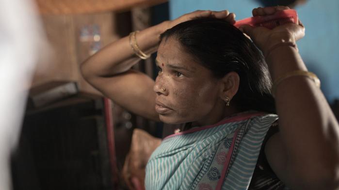 To millioner stammefolk kan ende som hjemløse, når Indiens højesteret onsdag fortsætter høringerne om, hvem der har ret til skoven. Information har besøgt en af de stammelandsbyer, der har alt på spil