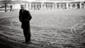 Eks-PET-chef Jakob Scharfs interviewbog er stærkest, når han fortæller konkret om kampen mod terror. Svagest, når Scharf forsvarer sig selv