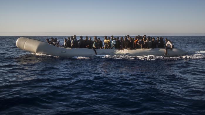 Mens flygtningestrømmen fortsætter over Middelhavet, mener nogle europæiske politikere, at 'den australske model' er et eksempel til efterfølgelse.