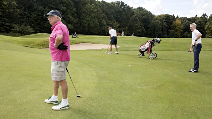 Langt fra alle på golfbanan i Rungsted er ligeså stålsatte på topskattelettelser som Anders Samuelsen.