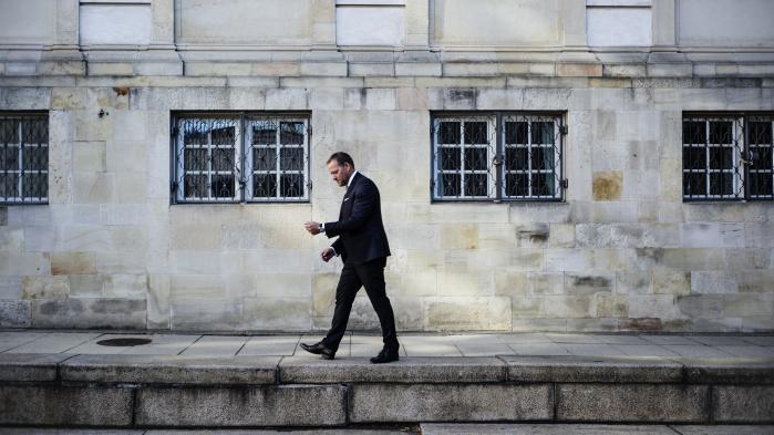 René Christensen er som finansordfører for Dansk Folkeparti blevet en indflydelsesrig politiker. Han står både for kontakten i forhandlinger og er ham, der står på mål for nogle af partiets mest upopulære sager,