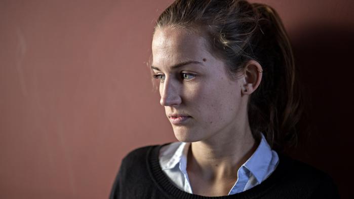 'Jeg gik flere gange til lægen, men det var, som om han ikke troede på mig,' siger Frederikke West om forløbet efter hendes hjernerystelse.