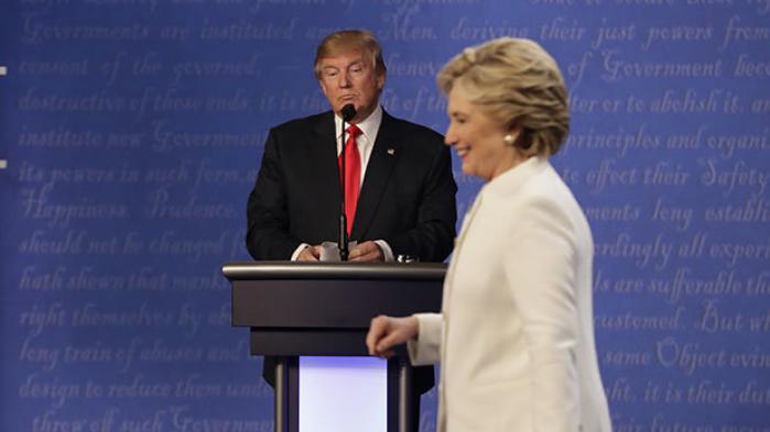I den sidste tv-duel natten til i dag lagde Donald Trump skylden for næsten alle USA's og verdens problemer på Hillary Clinton og afviste på forhånd at anerkende valgresultatet 8. november. 'Det tager vi til den tid,' sagde den republikanske præsidentkandidat