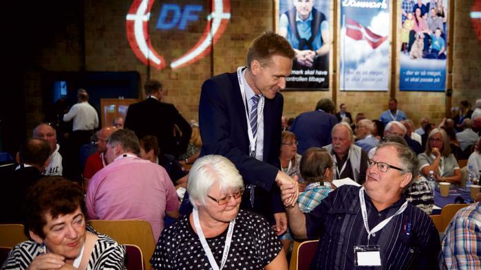 Dansk Folkepartis formand, Kristian Thulesen Dahl, fastholder, at når partiet nu tilbagebetaler penge til EU, skyldes det, at partiets vælgere og medlemmer ikke må have nogen tvivl hængende om, hvorvidt der har været aktiviteter, som ikke burde være afholdt af og betalt af det europæiske parti MELD og den tilhørende fond FELD.