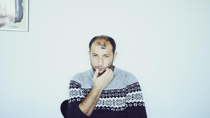 'Vores pligt er at lede efter overlevende og lede efter liv. Så længe, der stadig er håb om at kunne finde liv, bør vi lede', siger leder af De Hvide Hjelme, Raed al-Saleh.
