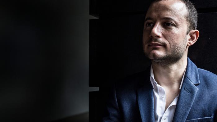 Da den italienske comupter-programmør Alberto Pelliccione fandt ud af, at det avancerede overvågningsudstyr, han var med til at udvikle, blev brugt mod menneskeretsaktivister i autoitære lande, sagde han sin stilling op. Jeg følte et personligt ansvar,« siger han