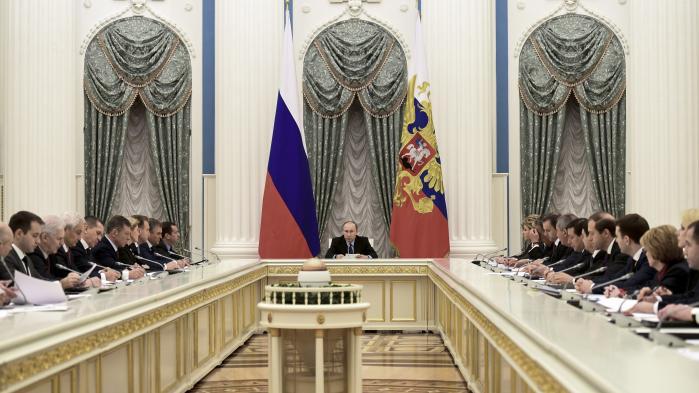 Den russiske præsident Vladimir Putin har sagt: »Rusland er dømt til at være en stormagt«. Læses citatet på russisk, vil man se, at det både rummer en rettighed og en næsten selvopofrende forpligtelse.