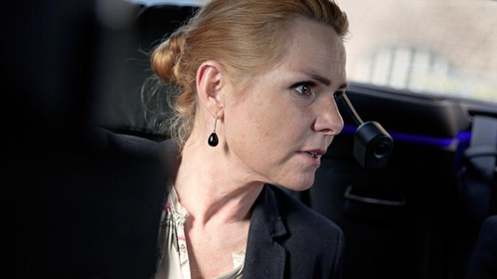 Udlændinge- og integrationsminister Inger Støjberg var angiveligt advaret om, at det kunne være ulovligt at adskille mindreårige asylpar. Alligevel gennemtrumfede hun beslutningen, som bliver kaldt ulovlig af Folketingets Ombudsmand og juridiske eksperter. Her er, hvad vi ved