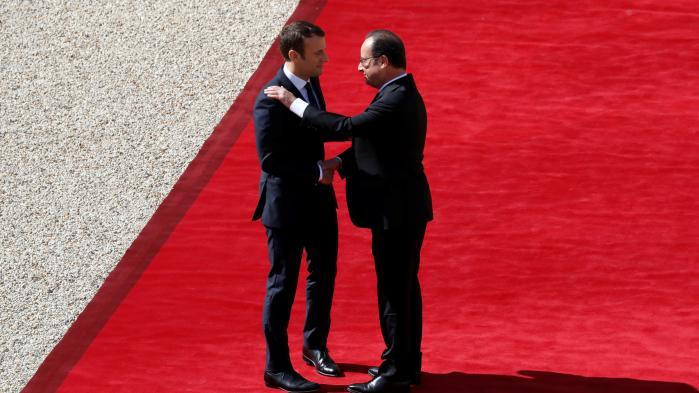 Emmanuel Macrons program minder meget om den kurs, som Francois Hollandes regering og den magtfulde finansminister Manuel Valls har stået for i de seneste år, og som den tidligere præsident Sarkozy forsøgte at gennemføre i sin præsidentperiode