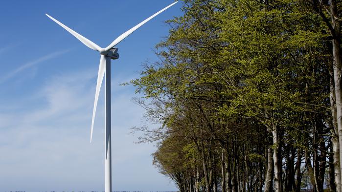 Ikke alle naboer var i 2013 tilfredse med opstillingen af to store vindmøller på Sydals. Men mange valgte at træde ind i vindmøllelauget, og i dag er de et godt eksempel på, hvorfor den nationale rammesætning bør understøtte den lokale omstilling – og bare ikke dem, der kan gør det billigst