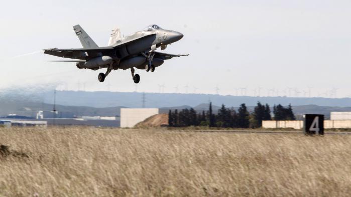 Flere amerikanske forsvarseksperter påpeger, at størrelsen af et forsvarsbudget ikke nødvendigvis afspejler de mest effektive investeringer i militær kapacitet og udstyr. USA bruger flest penge på sit forsvar, fordi det skal bevare en global militær dominans. NATO-landenes forsvar bruger mindre på et regionalt forsvar