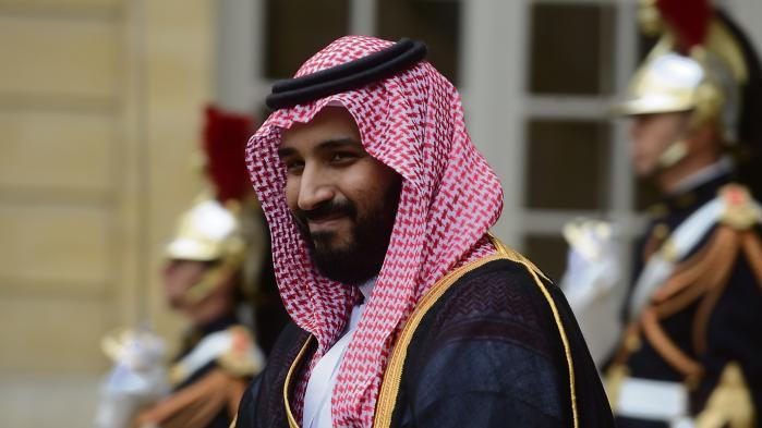 Den kun 31-årige reformistiske prins Mohammed bin Salman Al Saud kunne onsdag konsolidere sin magtstilling yderligere, da hans far salvede ham som arving til tronen.