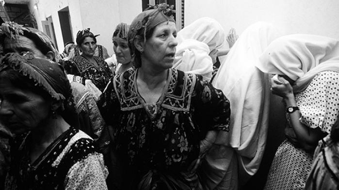 Kampen for demokrati og sekularisme har været et hårdt opgør med de islamistiske kræfter i Algeriet, forklarer den algeriske forfatter Chawki Amiri