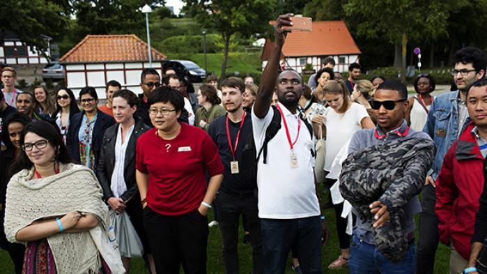 1.000 unge var i den forgange uge indlogeret på danske højskoler for at lave udviklingspolitik, som skal hjælpe med at opfylde FN's verdensmål for 2030. I dag kåres de bedste forslag