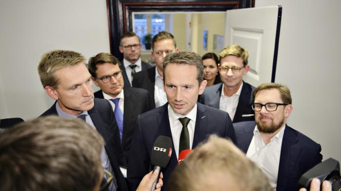 Torsdagens forlig mellem VLAK-regeringen og Dansk Folkeparti nedsætter indregistreringsafgiften på personbiler. Det betyder flere biler og mere biltrafik på vejene.