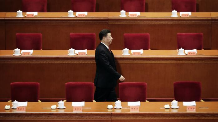 Xi Jinping er Kinas femte leder siden Mao Zedong og sidder allerøverst i magtpyramiden i Kinas Kommunistiske Parti – en organisation med 89 millioner medlemmer.
