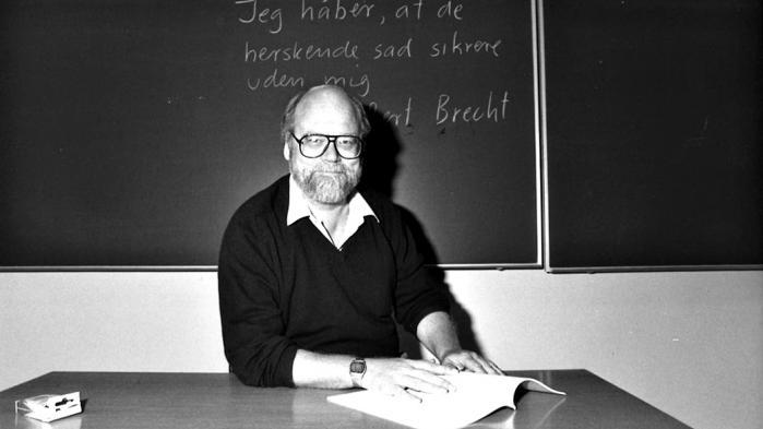 'Jeg håber, at de herskende sad sikrere uden mig' var et af Gogges yndlingscitater, og skæbnen ville, at han kom til at bo meget tæt på det hus, ophavsmanden, Bertolt Brecht, boede i, da han boede i Svendborg.
