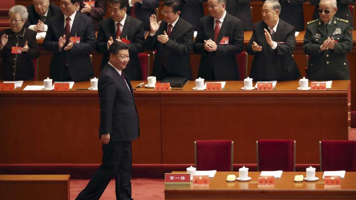 Generalsekretær for Kinas Kommunistiske Parti, Xi Jinping, har strenge krav til kinesiske mediers partidisciplin, nårdet kommer til store politiske begivenheder som den 19. partikongres, der blev skudt i gang onsdag. Det er der ikke nogetnyt i. Det nye er, at den kinesiske medieverden er underlagt lignende krav også uden for politisk sensitive datoer.