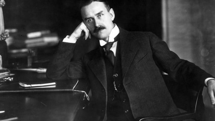 I dag forventes det, at den Store Forfatter, Maler og Digter-Filosof selv vasker sine egne underbukser og har styr på momsregistrering. Der er ikke længere tid til at dyrke sit geni