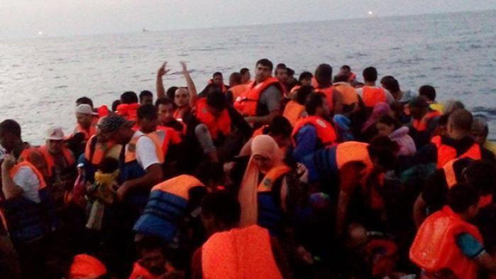 I 2014 steg den syriske flygtning Depp Mattock på en båd i Libyen for at flygte over Middelhavet. Han ser her tilbage på sin egen flugt og det, de kalder dødsrejsen. Ruten er den farligste over havet og atter populær, efter at EU's aftale med Tyrkiet har sendt flygtningene ud på nye veje