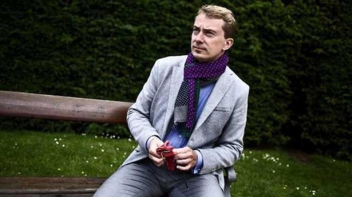 """DF-profilen Morten Messerschmidt er tilbage efter otte måneders sygdom. Nu mener han, at Danmark skal følge briterne ud af EU's """"taberklub"""" inden for fem år. DF's ledelse bakker Messerschmidt op"""