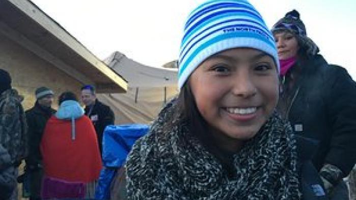 Efter månedsvis med demonstrationer og voldelige sammenstød, kan Sioux-klanen ånde lettet op: Olieboringen ved Standing Rock er blevet afblæst.