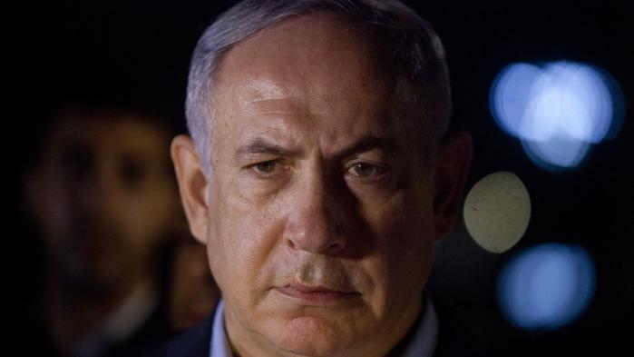 Netanyahu har kunnet frem til at samarbejde med en ny amerikansk præsident, efter 8 besværlige år med Obama, men undersøgelser om korruption kan i sidste ende føre til fængselsdom for den israelske premierminister