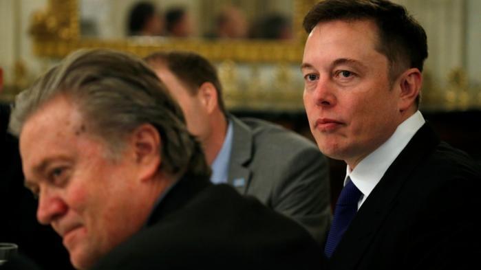 Tesla og SpaceX-chefen træder ud af præsident Trumps teknologiråd med øjeblikkelig virkning. Det sker pga. USA's beslutning om at udtræde fra Paris-aftalen