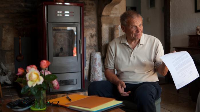 Franske borgmestre siger op i stort antal – over 150 det seneste år og de fleste fra landsbyer rundt om i landet. Det sker i mange tilfælde som en tavs protest mod præsidentens og centraladministrationens reformiver