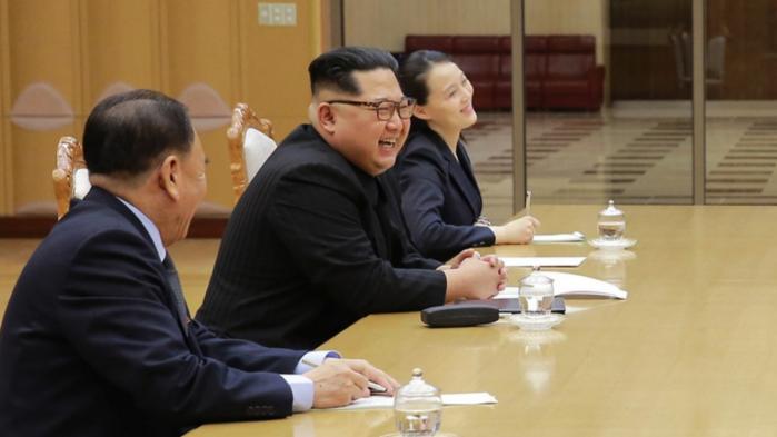 Kim Jong-un har lagt op til en afvikling af Nordkoreas nukleare program og skal mødes med USA inden kort tid. Men, som senioranalytiker Jung H. Pak skriver her, er der noget, som ikke helt stemmer. At Kim Jong-un skulle komme med den slags indrømmelser, passer ikke ind det mønster og den interesse den nordkoreanske leder har for sine atomvåbenprogrammer
